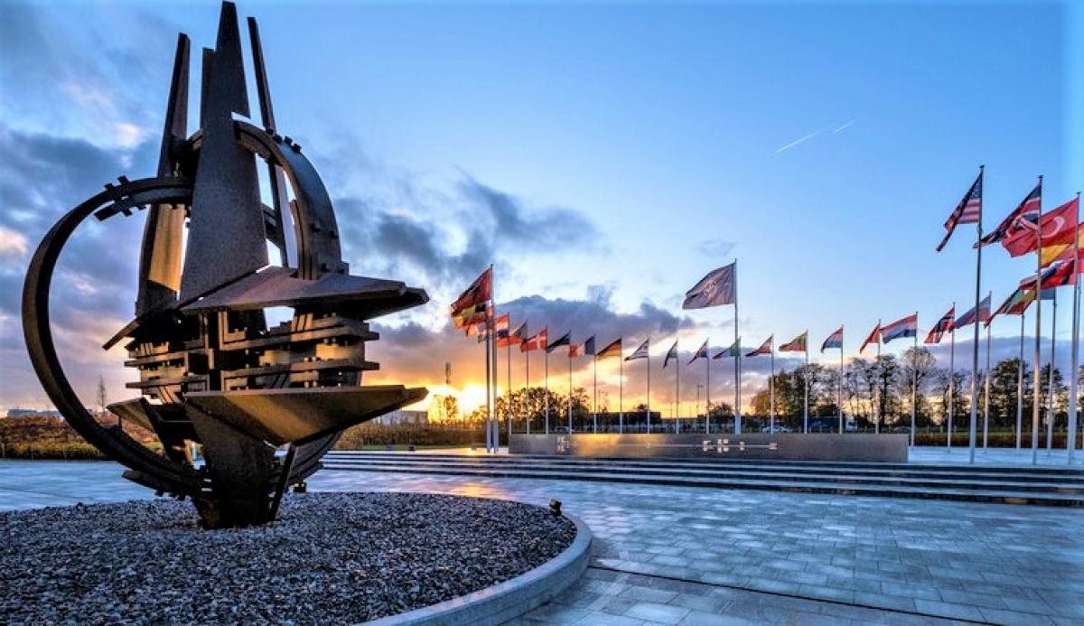 """NATO chính thức coi không gian là """"môi trường tác chiến"""" mới, một """"lĩnh vực đối đầu mới""""; Nguồn: euro-sd.com"""