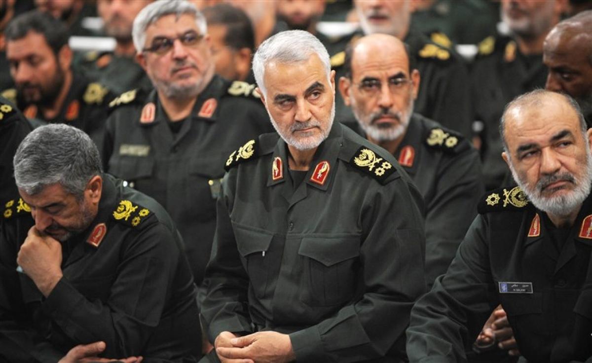 TướngQassem Soleimani (giữa) đã bị Mỹ không kích sát hại hồi tháng 1/2020. Ảnh: Getty Images