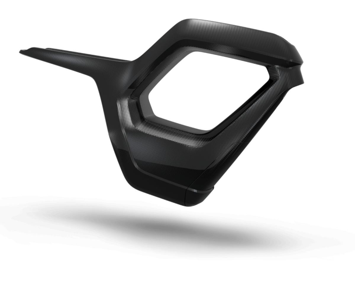 Việc truyền điện được kiểm soát thông qua một ứng dụng trên điện thoại thông minh của người lái, cho phép khóa chiếc Novus thông qua NFC mà không cần một chiếc chìa khóa thực thụ.