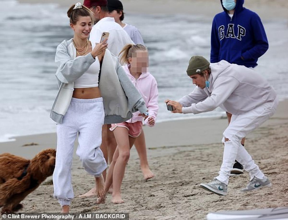 Nhiều người đặt nghi vấn rằng, liệu có phải mối quan hệ giữaJustin Bieber và bà xãHailey đang gặp trục trặc?