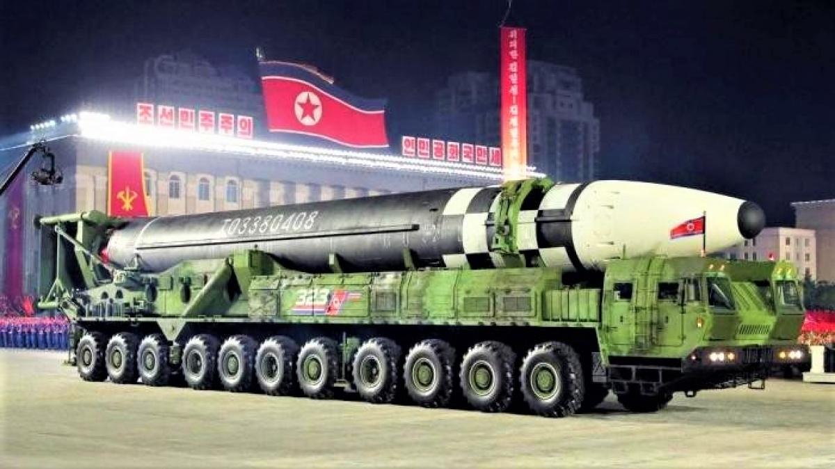 ICBM mới của Triều Tiên được cho là Hwasong-15 phiên bản mới hoặc Hwasong-16. Nguồn: KCNA