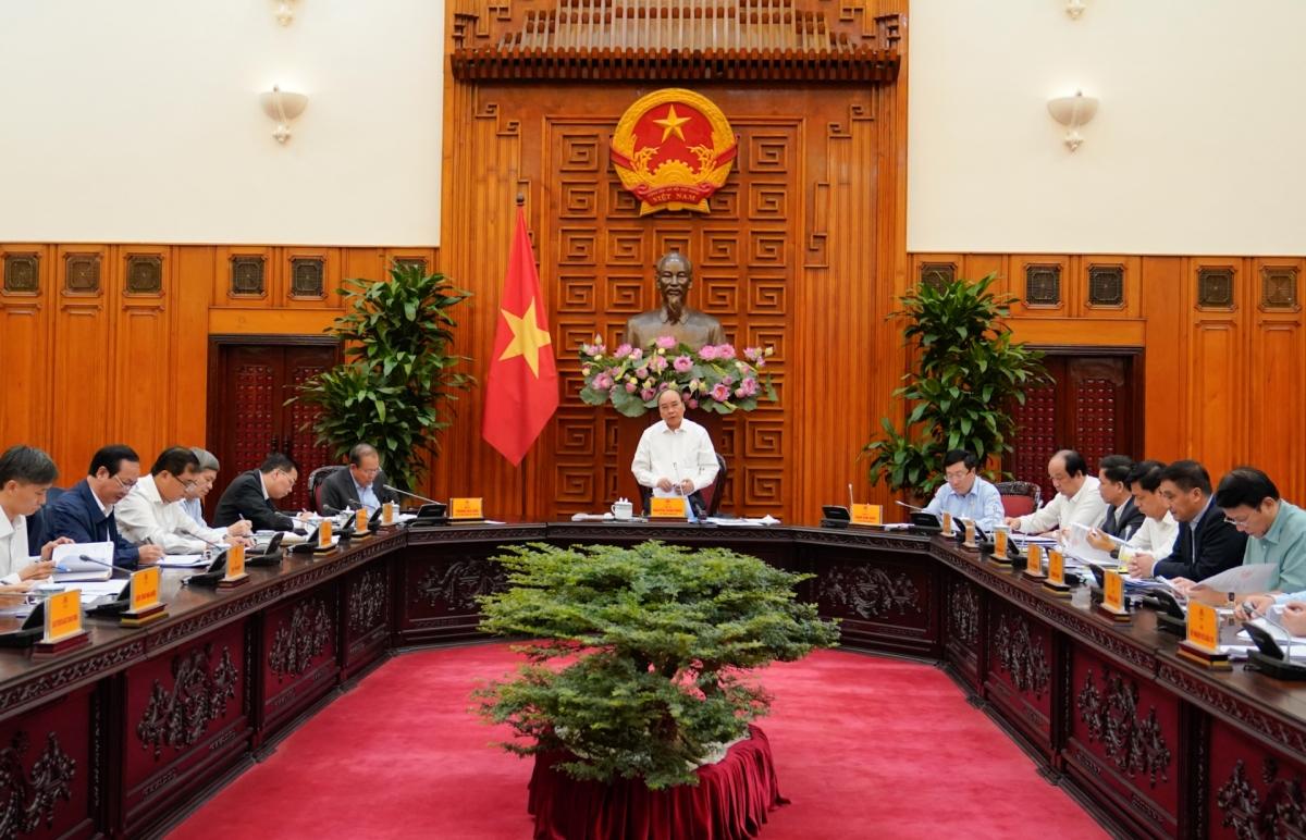 Thủ tướng Nguyễn Xuân Phúc chỉ đạo an toàn phải đặt lên hàng đầu. Ảnh: VGP/Quang Hiếu.