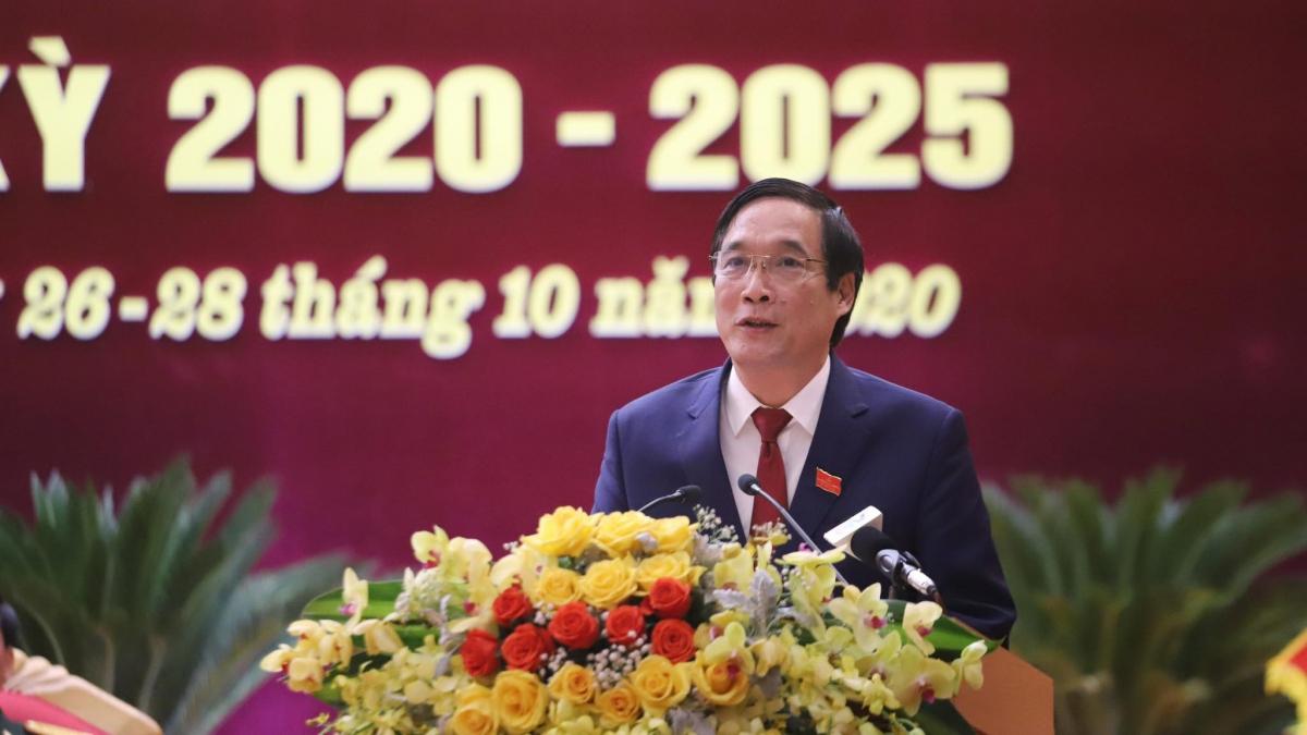 Bí thư Tỉnh ủy Bùi Minh Châu phát biểu bế mạc Đại hội