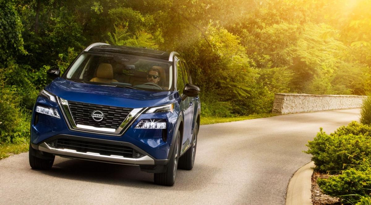 Dựa trên nền tảng hoàn toàn mới, Nissan Rogue 2021 hứa hẹn sẽ nâng cao cảm giác lái nhờ động cơ mạnh mẽ hơn và hệ thống Kiểm soát chuyển động mới.
