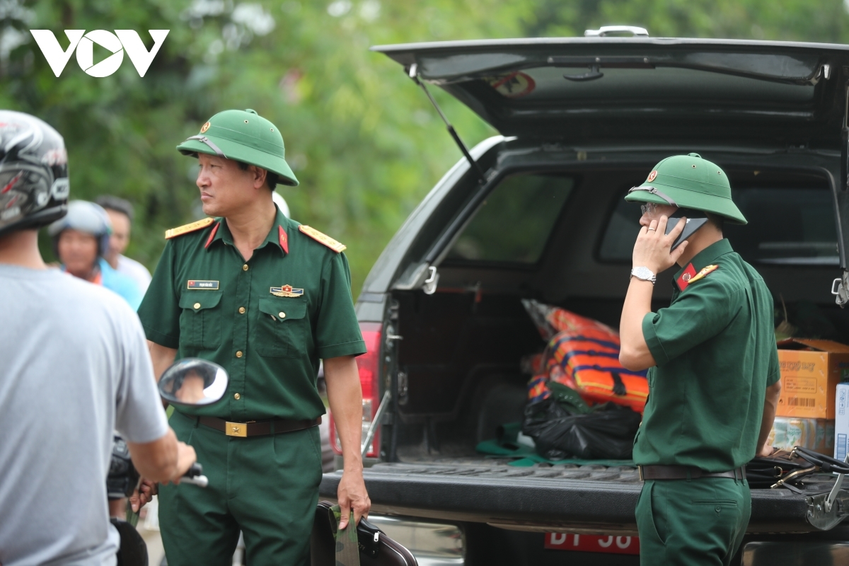 Other forces monitor several checkpoints on the route leading towards both Rao Trang 3 and Rao Trang 4 Hydropower Plants.
