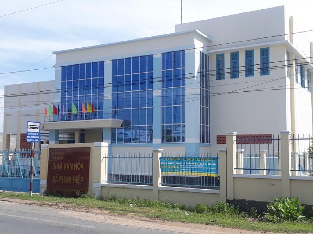 Nhà Văn hoá xã Phan Hiệp, huyện Bắc Bình, tỉnh Bình Thuận được đưa vào sử dụng đúng dịp lễ hội Katê 2020.