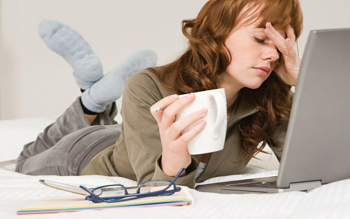 Hạn chế tối đa căng thẳng: Căng thẳng làm mất cân bằng hormone, trong đó có estrogen. Do đó, bạn hãy giữ cơ thể luôn thoải mái, thư giãn.