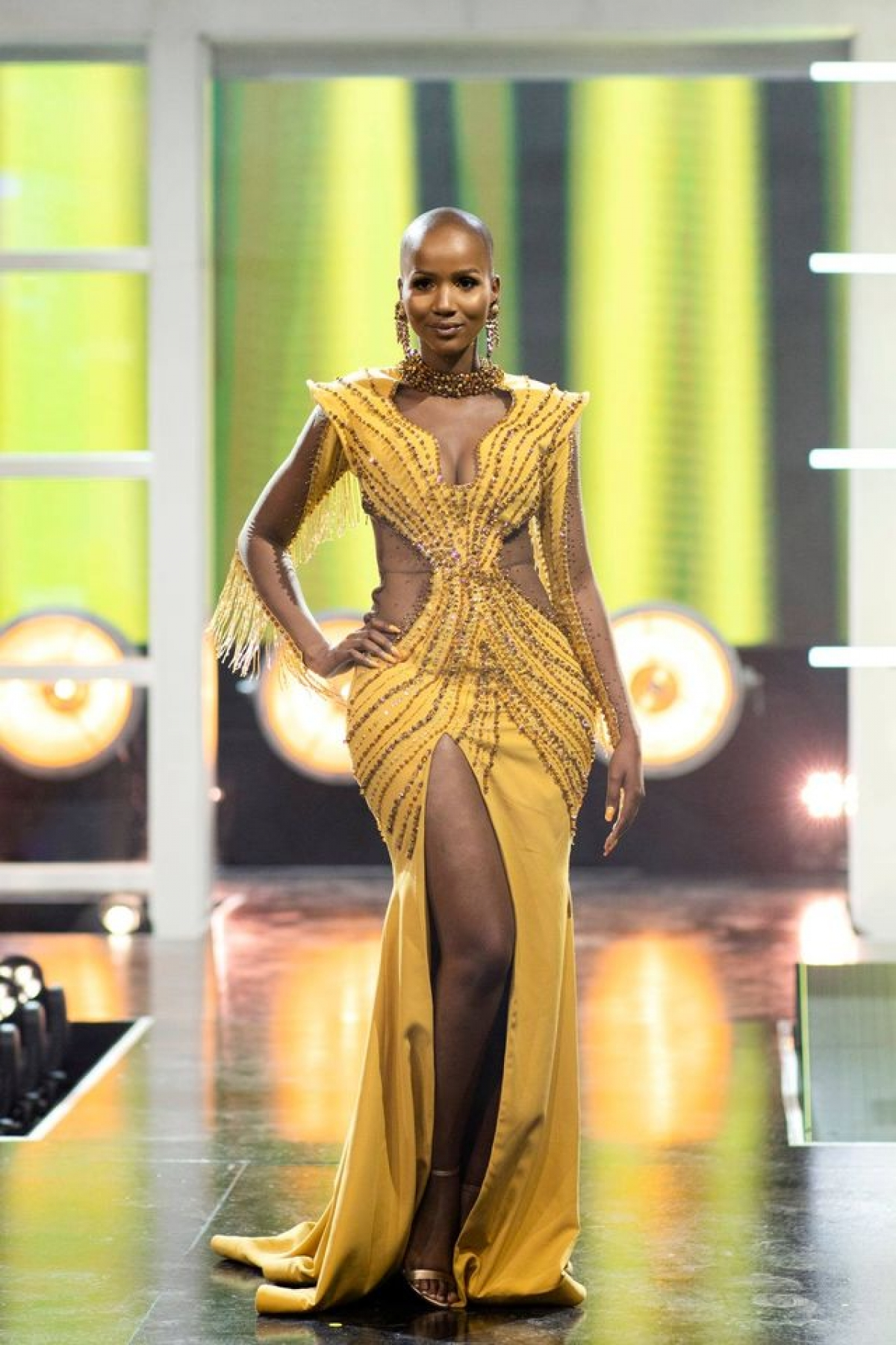 """Trả lời truyền thông sau giây phút đăng quang,Musida khẳng định:  """"Tôi là phụ nữ Venda đầu tiên nhưng chắc chắn không phải là người cuối cùng trở thành Hoa hậu Nam Phi """"."""