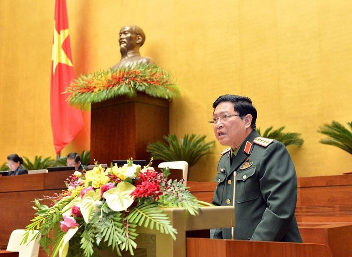 Bộ trưởng Bộ Quốc phòng Ngô Xuân Lịch.