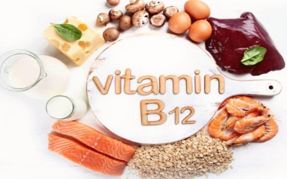 Thiếu vitamin B12 có thể gâymệt mỏi, mất cảm giác ngon miệng, mất cân bằng hormone. Bạn có thể ăn những thực phẩm bổ sung vitamin B12 như cá hồi, trứng, ngao ...