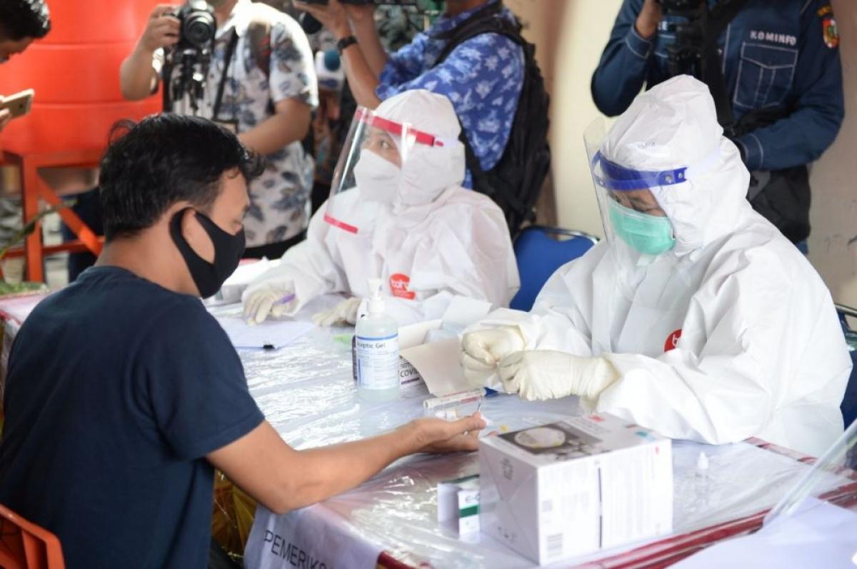 Khoảng hơn 2 triệu dân trong tổng số 267 triệu người Indonesia đã xét nghiệm Covid-19.