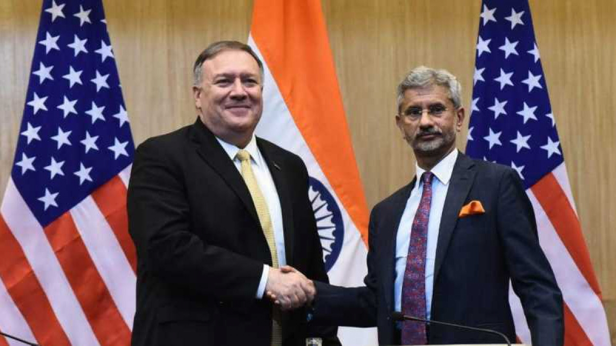 Ngoại trưởng Mỹ Pompeo và Ngoại trưởng Ấn Độ Jaishankar. Ảnh: New Indian Express