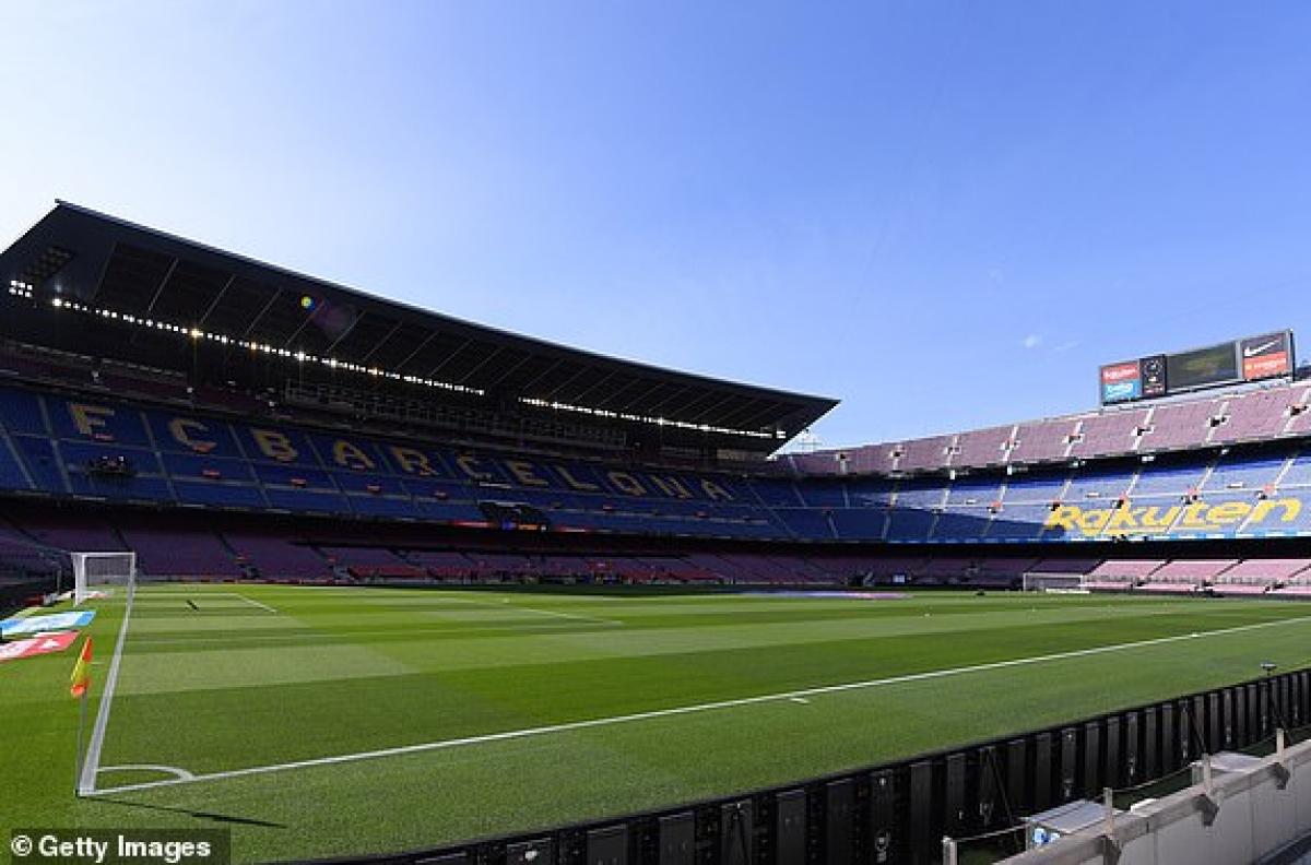 Camp Nou đã sẵn sàng cho Siêu kinh điển thứ 278 giữa Barca và Real. (Ảnh: Getty).