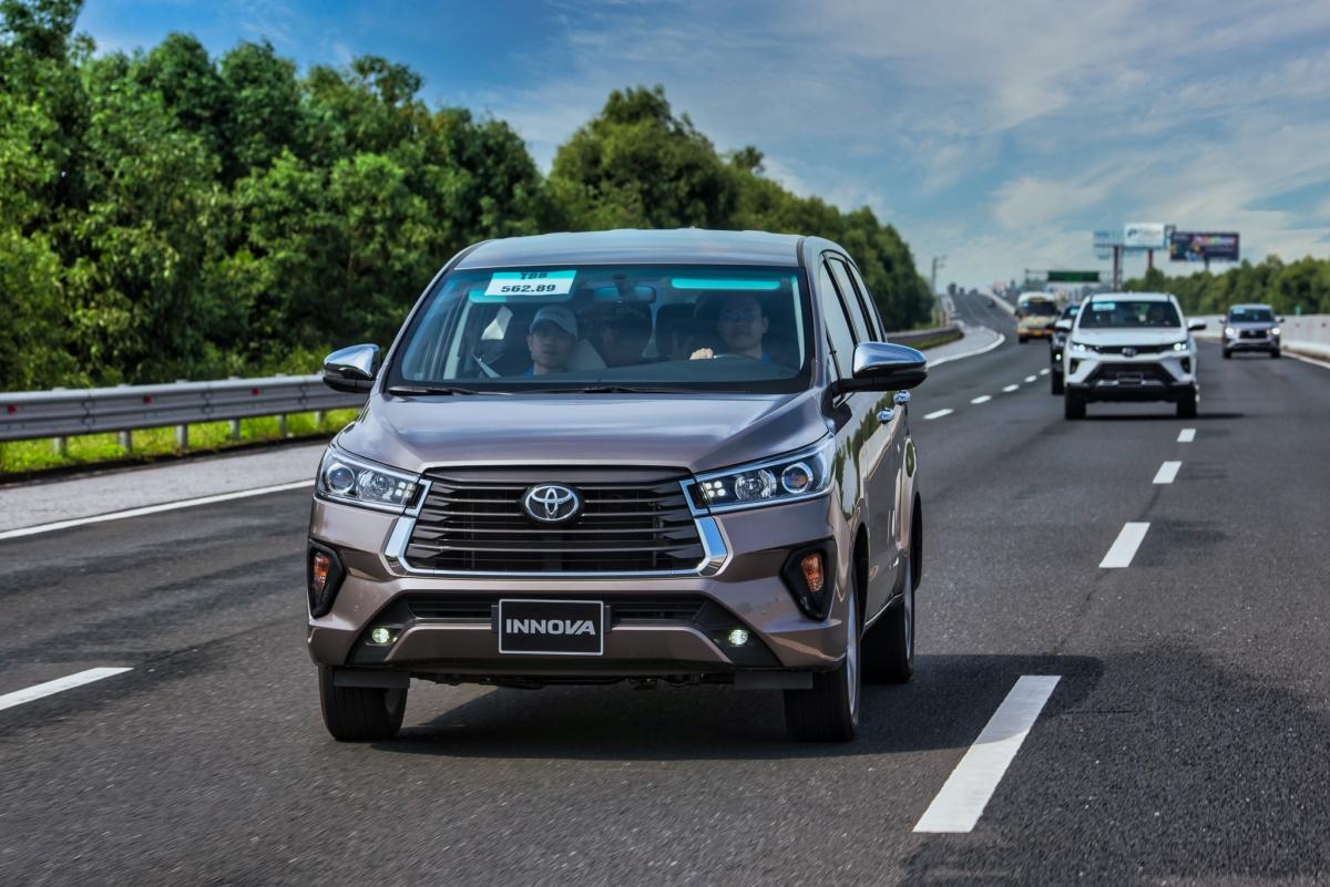 Toyota luôn được đánh giá cao ở độ rộng rãi và bền bỉ.