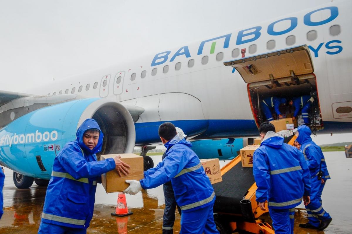 """Các chuyến bay nằm trong chiến dịch """"Sát cánh cùng miền Trung ruột thịt"""" của Bamboo Airways."""