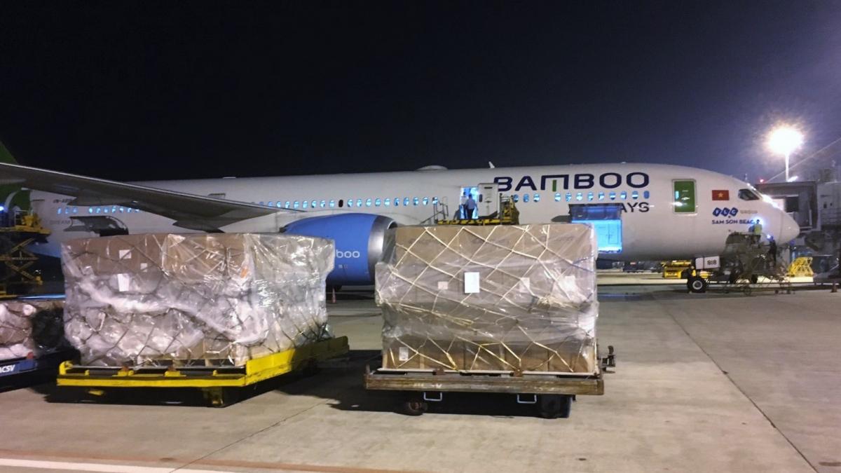 Bamboo Airways áp dụng chính sách ưu đãi đối với cá nhân, tổ chức có nhu cầu thực hiện bay thuê chuyến phục vụ hoạt động cứu trợ.