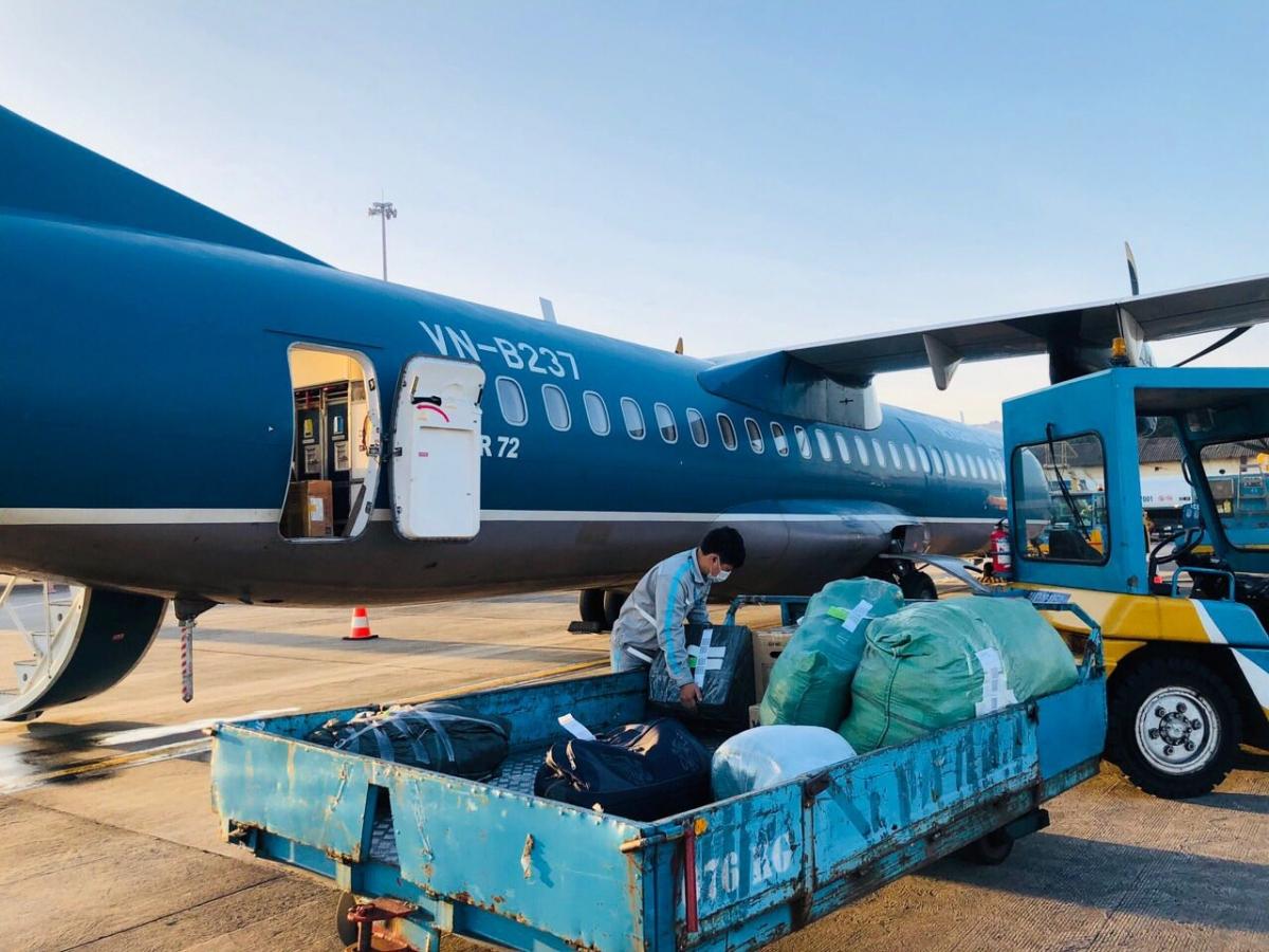 Dự kiến Hãng sẽ vận chuyển miễn cước tổng cộng hơn 100 tấn hàng và trên 10.000 kiện hành lý.