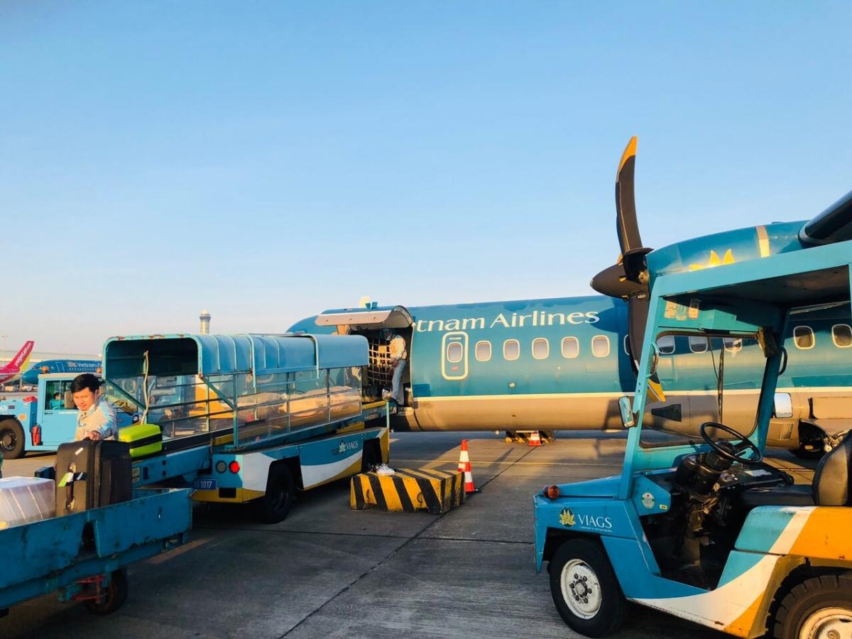 Vietnam Airlines Group đã chuyên chở được hơn 24 tấn hàng và hơn 2.000 kiện hàng gửi theo đường hành lý đến khu vực miền Trung.