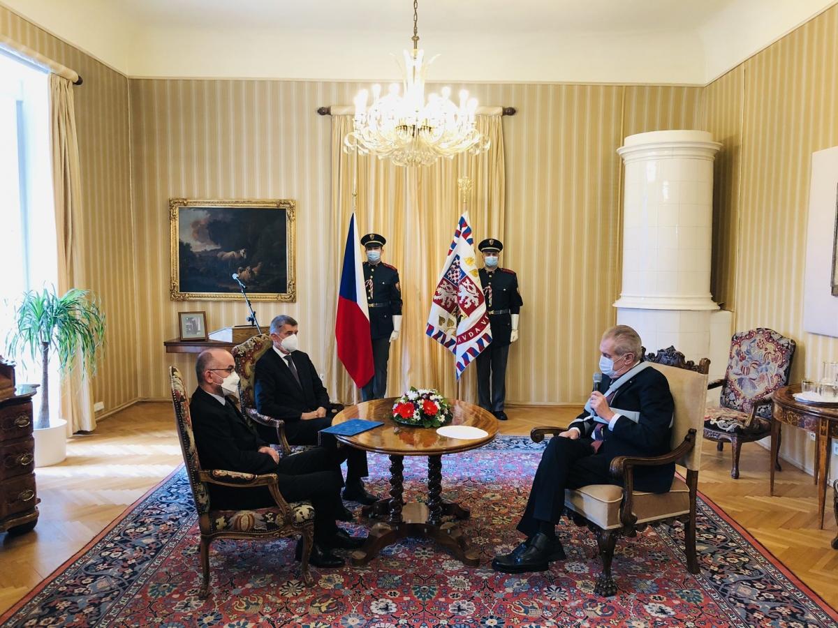 Ảnh trên trang twitter Người phát ngôn Tổng thống Séc