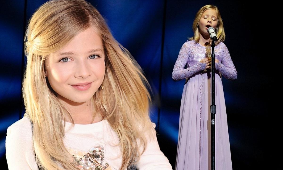 10 năm trước, cả nước Mỹ choáng váng với Jackie Evancho, một cô bé 10 tuổi với giọng hát opera cao vút, vừa trong trẻo vừa đầy nội lực.