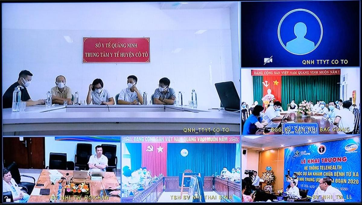 Từ điểm cầu Bệnh viện Nhi Trung ương, các chuyên gia hội chẩn từ xa các ca bệnh của các bệnh viện tuyến tỉnh, huyện.