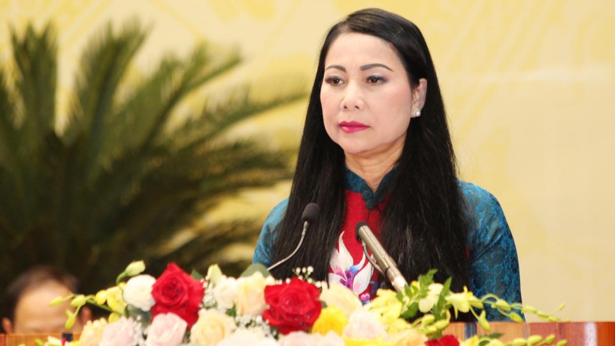 Bà Hoàng Thị Thúy Lan thay mặt Ban Chấp hành mới phát biểu trước Đại hội.