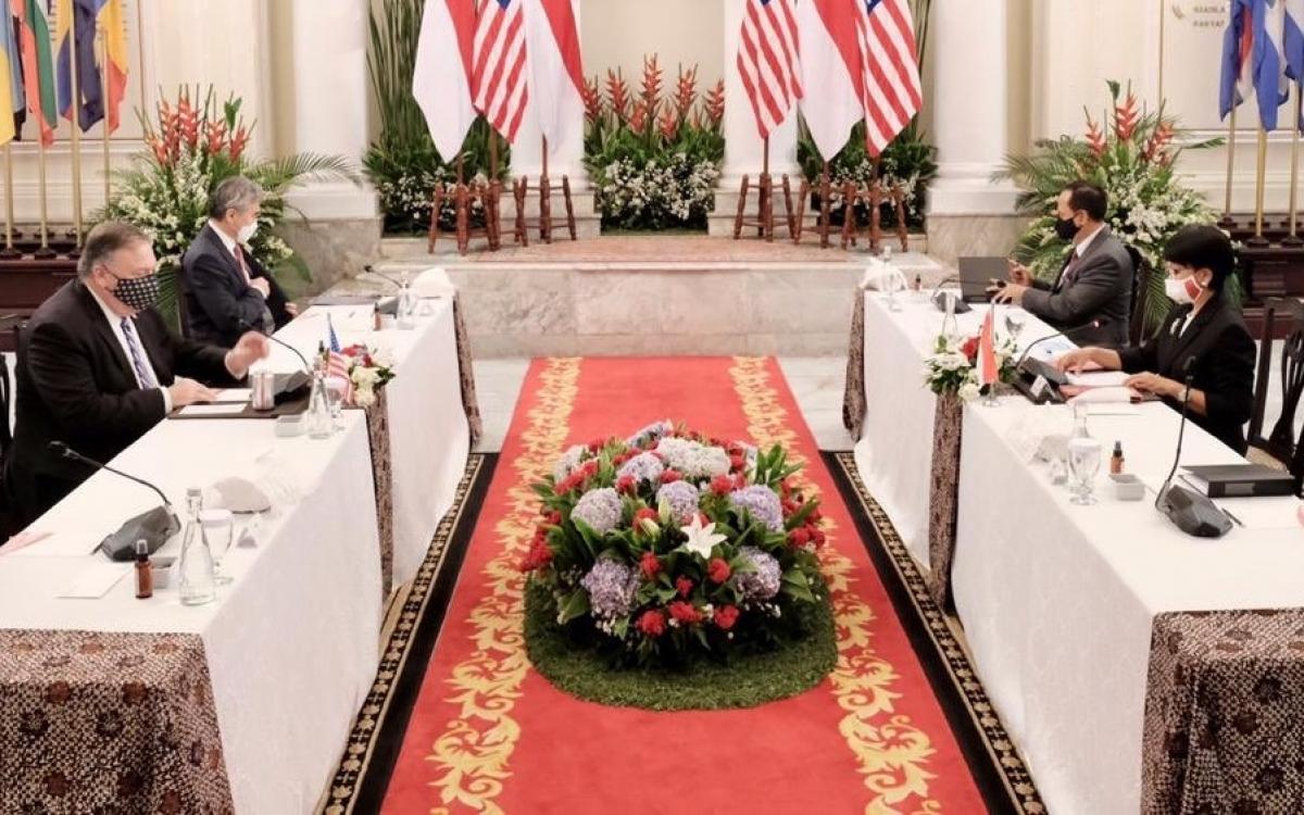 Cuộc gặp song phương giữa hai Ngoại trưởng (Nguồn : BNG Indonesia)