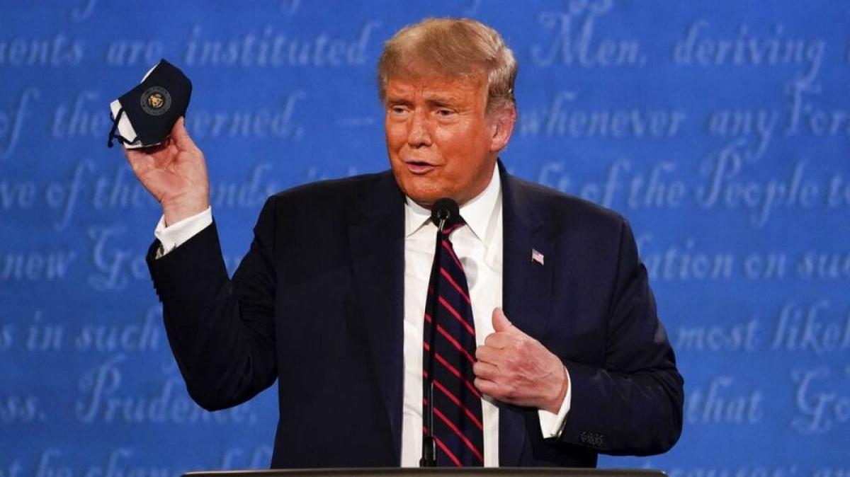 Tổng thống Trump tại cuộc tranh luận đầu tiên. Ảnh: AP