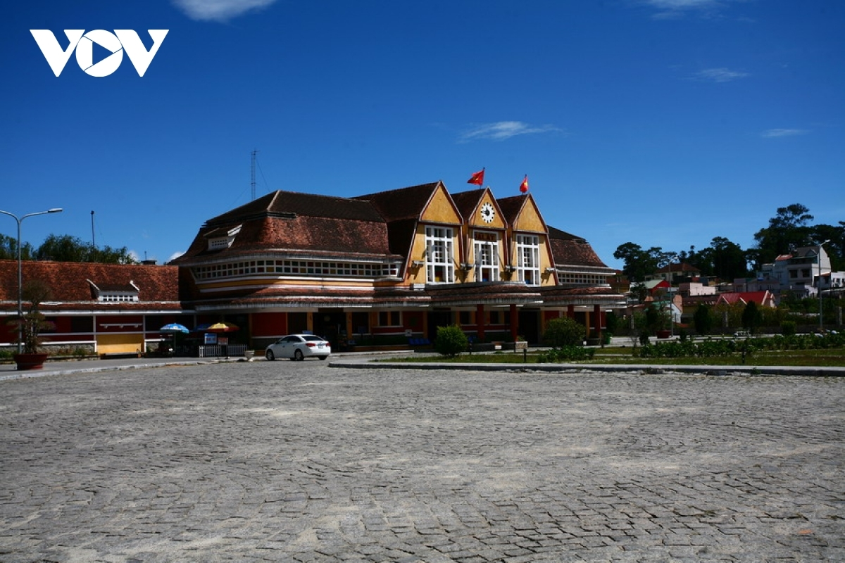 Da Lat Train Station gives tourists a fascinating insight into how people would have traveled in a bygone era.