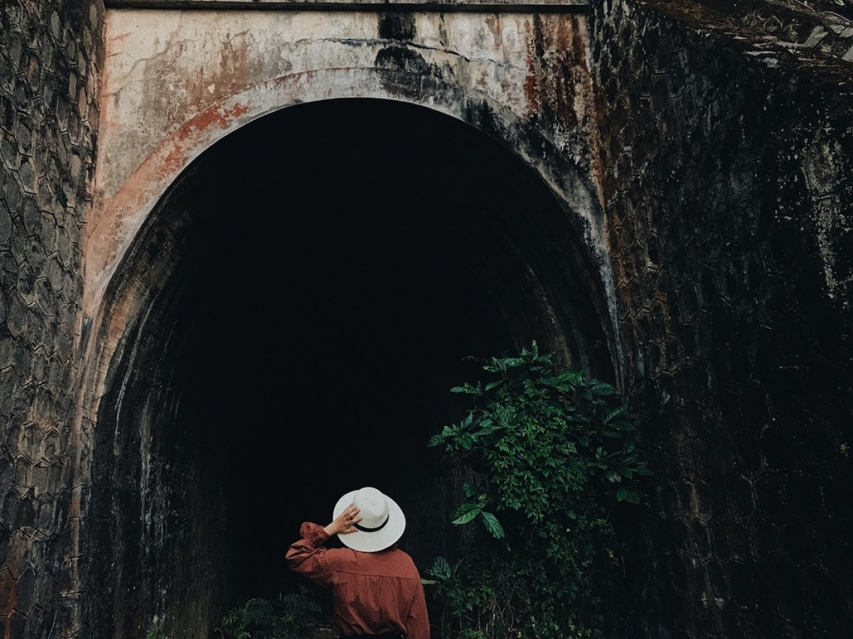 Another spot, Hoa Xa tunnel is situated approximately 20 km from the centre of Da Lat and is renowned as a trendy destination for young people each Halloween. (Photo: Menphamm)