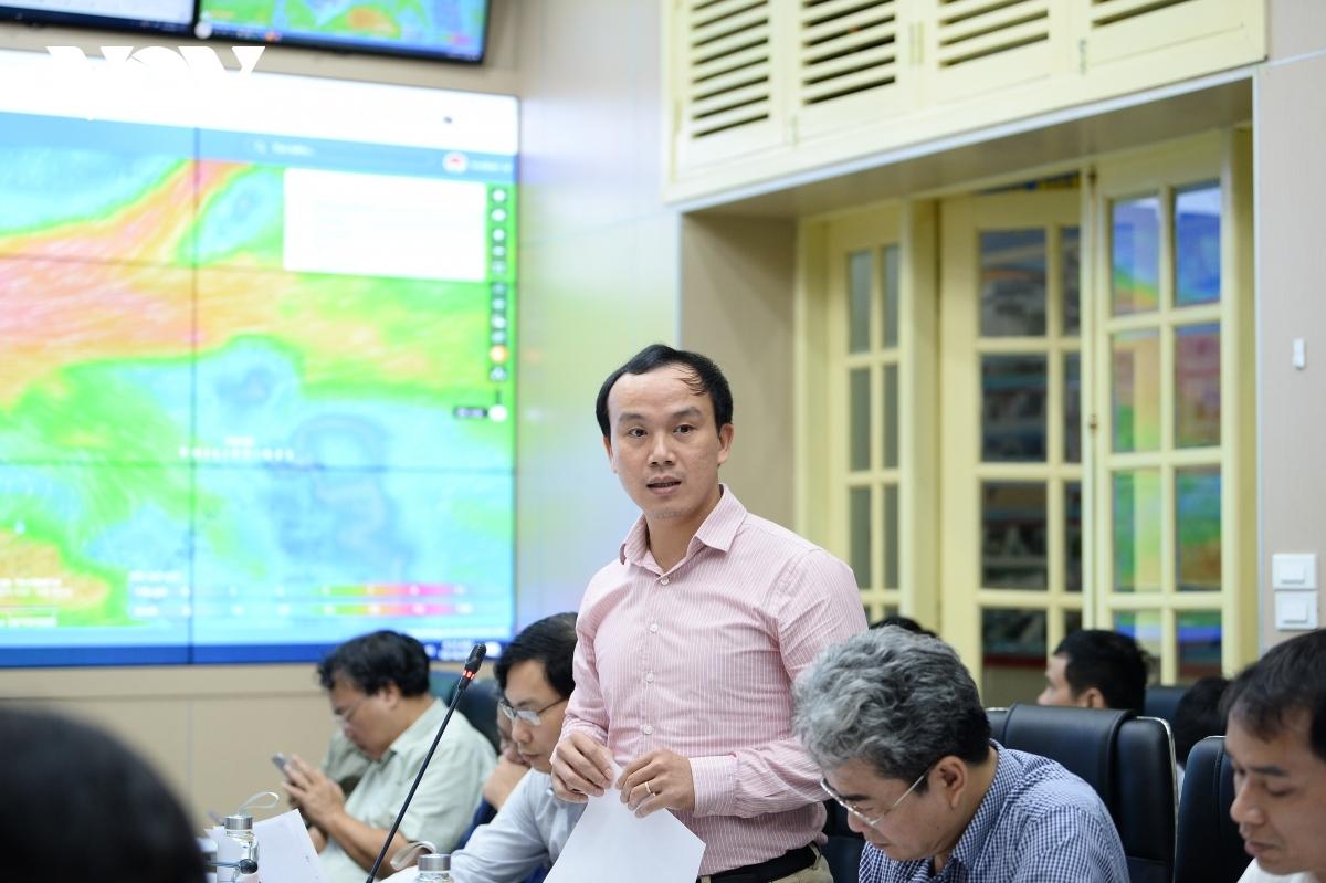 Phó Giám đốc Trung tâm Dự báo Khí tượng Thủy văn quốc gia Hoàng Phúc Lâm