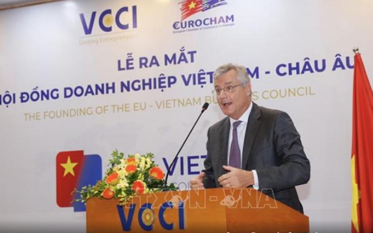 Ông Nicolas Audier, Chủ tịch EuroCham phát biểu tại lễ ra mắt Hội đồng doanh nghiệp Việt Nam - châu Âu. (Ảnh: TTXVN)