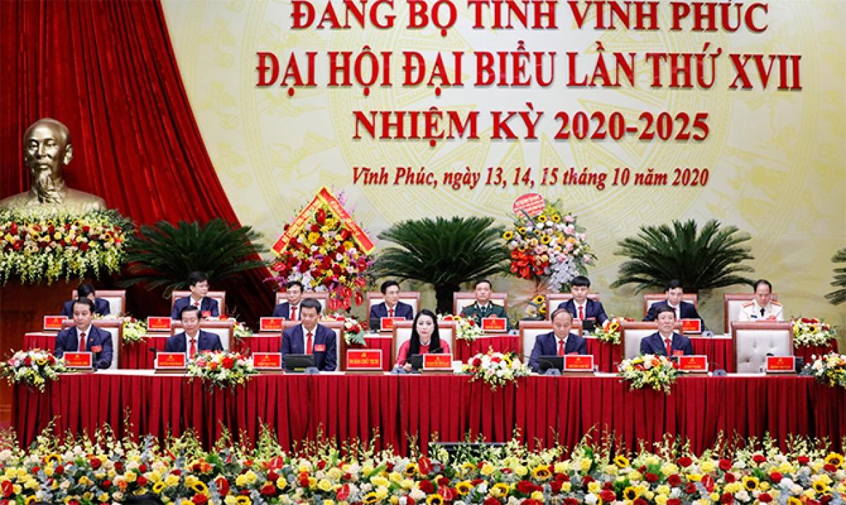Đoàn Chủ tịch Đại hội Đảng bộ tỉnh Vĩnh Phúc nhiệm kỳ 2020-2025
