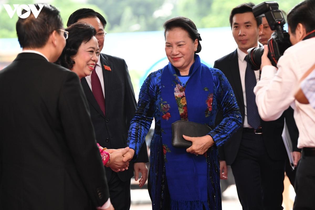 Chủ tịch Quốc hội Nguyễn Thị Kim Ngân đến dựphiên khai mạc chính thức Đại hội khóa XVII Đảng bộ thành phố Hà Nội nhiệm kỳ 2020 – 2025.