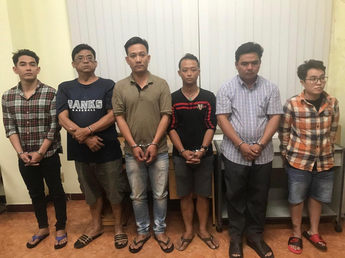 Các đối tượng thuê xe hình thức tự lái của nhiều người rồi chiếm đoạt mang bán sang Campuchia