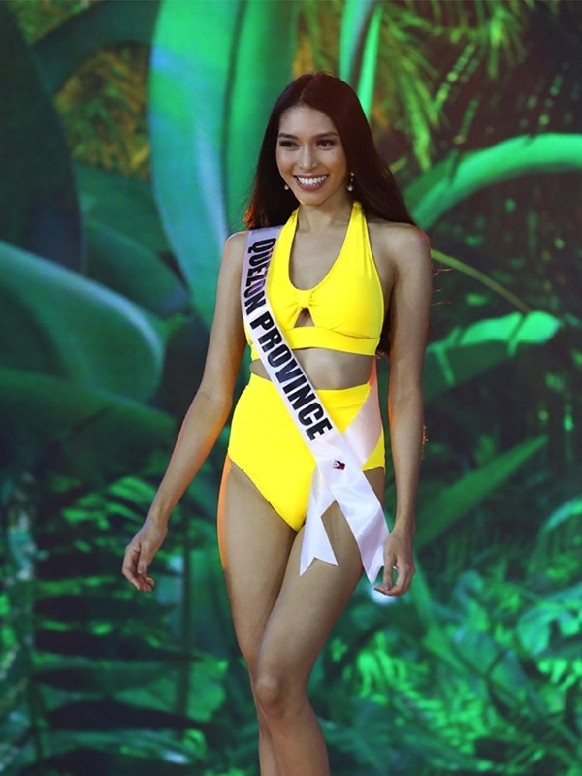 Faye Deveza, đại diện tỉnh Quezon.