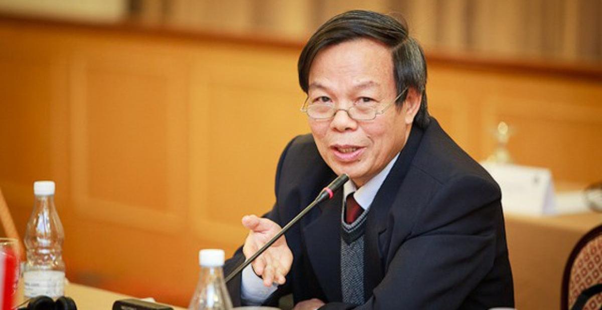 GS.TS Mai Ngọc Chừ, Phó Chủ tịch Hội đồng thẩm định SGK Tiếng Việt 1. Ảnh: KT
