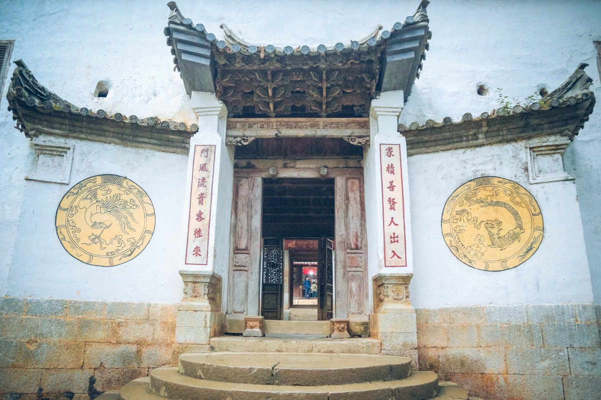 Mong King Palace features a unique style of architecture. (Photo: Photo tour Ha Giang)