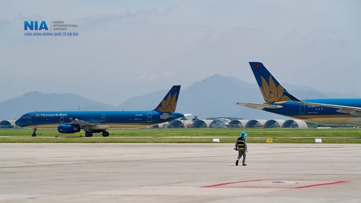 Các chuyên gia cho rằng, đề xuất xây mới cảng hàng không Ứng Hòa là điều phải cân nhắc rất kỹ.