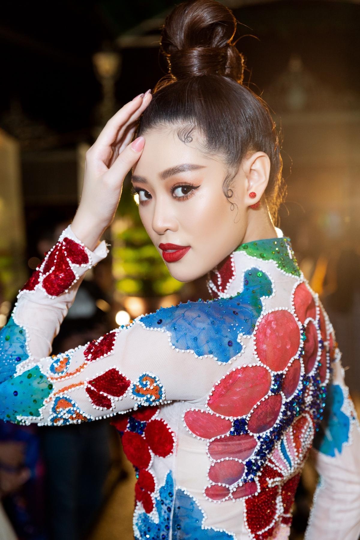 Hiện Hoa hậu Khánh Vân đang tích cực tập luyện chuẩn bị cho Miss Universe 2020.