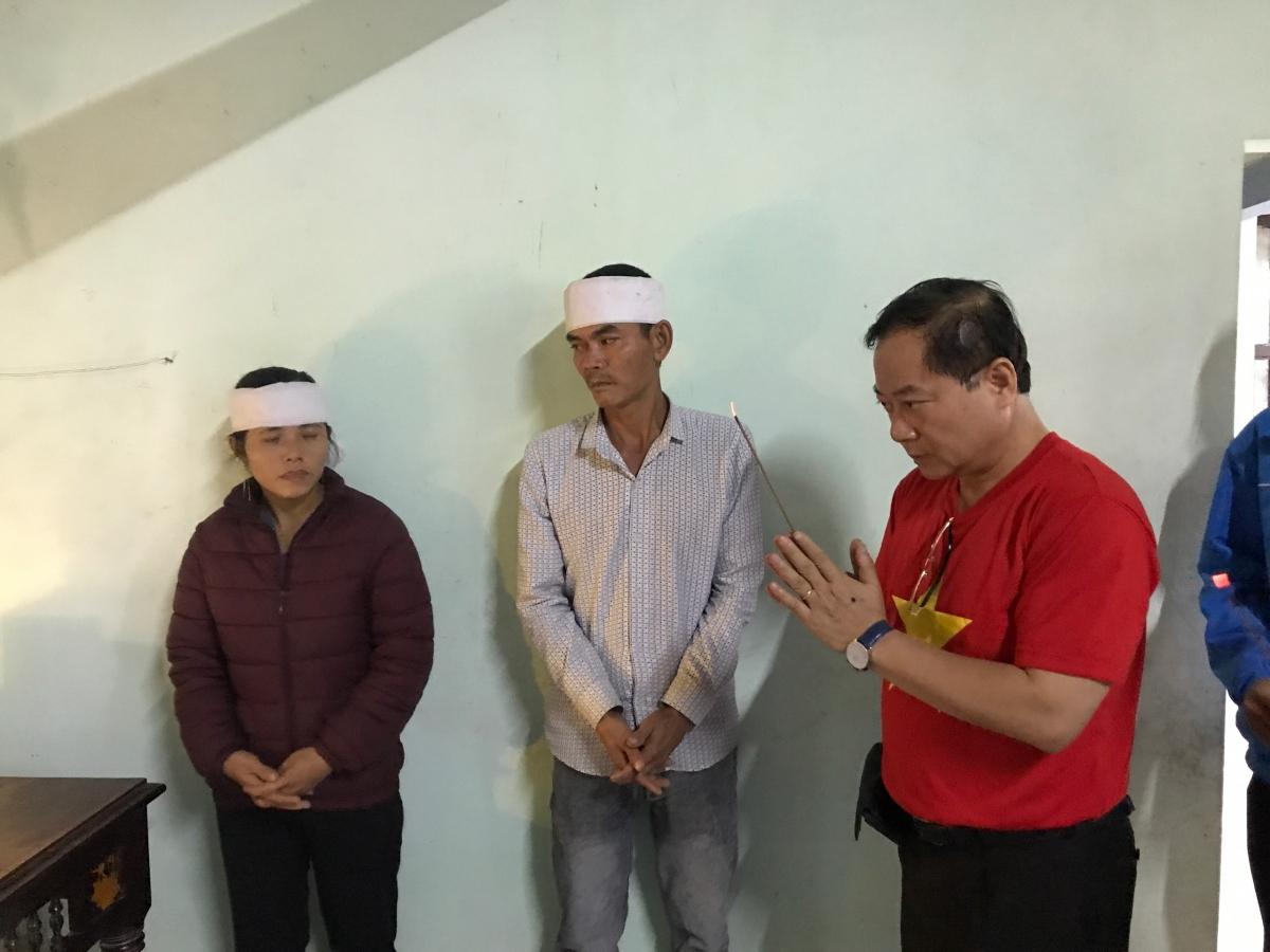 Tiếp nối hành trình đầy ý nghĩa, BTC Hoa Hậu Việt Nam cùng dàn Hoa hậu, Á hậu lại tiếp tục đi vào những khu vực chịu thiệt hại tại Huế, Quảng Trị trong ngày 22/10.
