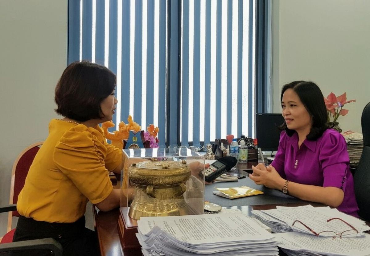 Trao đổi với phóng viên VOV, bà Lò Thị Thủy, Phó Bí thư Thành ủy Sơn La mong muốn Trung ương quy định thống nhất thẩm quyền xem xét, quyết định cho đảng viên được miễn, giảm sinh hoạt đảng và trở lại sinh hoạt đảng là cấp ủy tổ chức cơ sở đảng.