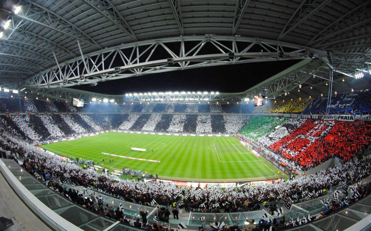 Trận Juventus - Napoli dự kiến diễn ra trên sân Juventus bị hoãn vì Covid-19 (Ảnh minh họa: Juvefc).