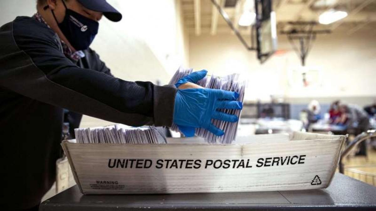 Ở bang Washington, phiếu bầu qua thư được gửi đến vào ngày 23/11 vẫn có hiệu lực miễn là nó có dấu bưu điện vào ngày 3/11. Ảnh: Getty