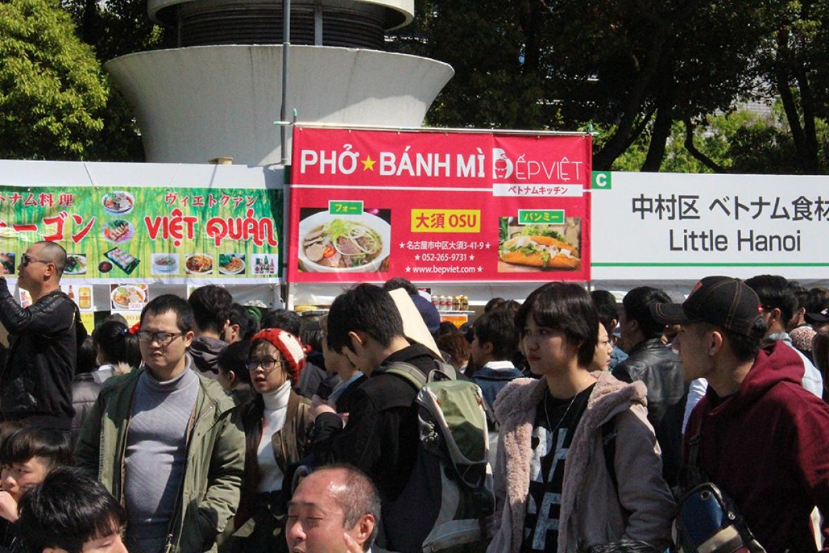 Người dân Nhật Bản nô nức tham dự lễ hội Việt Nam tại Nhật Bản.