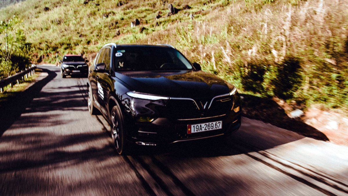 Lux SA2.0 giữ vị trí độc tôn ở hạng xe cao cấp.