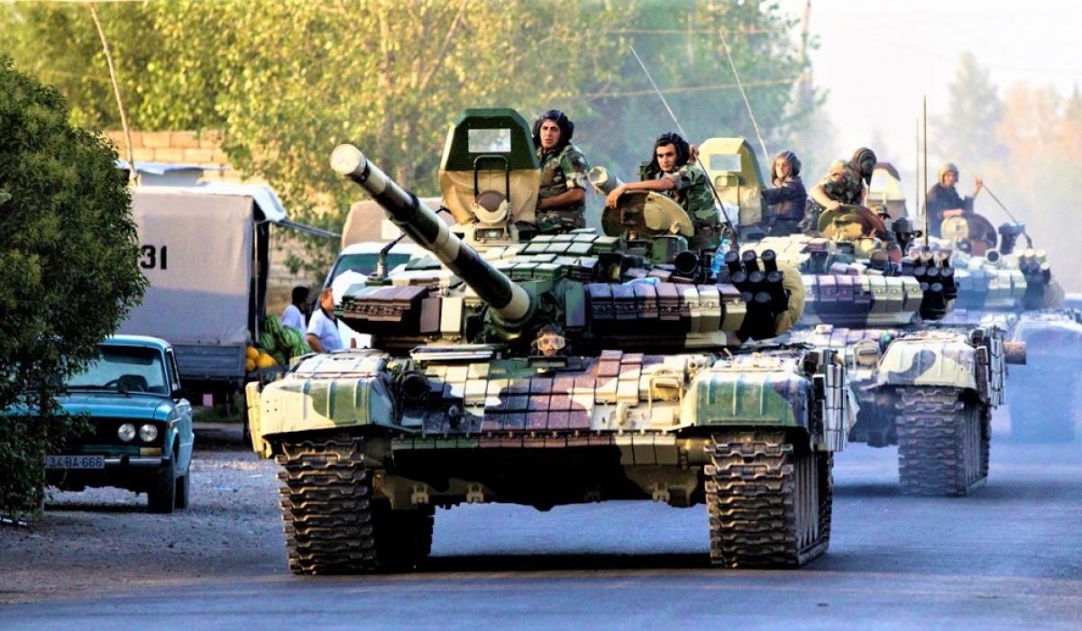 Xung đột Nagorno-Karabakh chứng kiến sự tham gia của một số lượng lớn phương tiện thiết giáp; Nguồn: mintpressnews.com