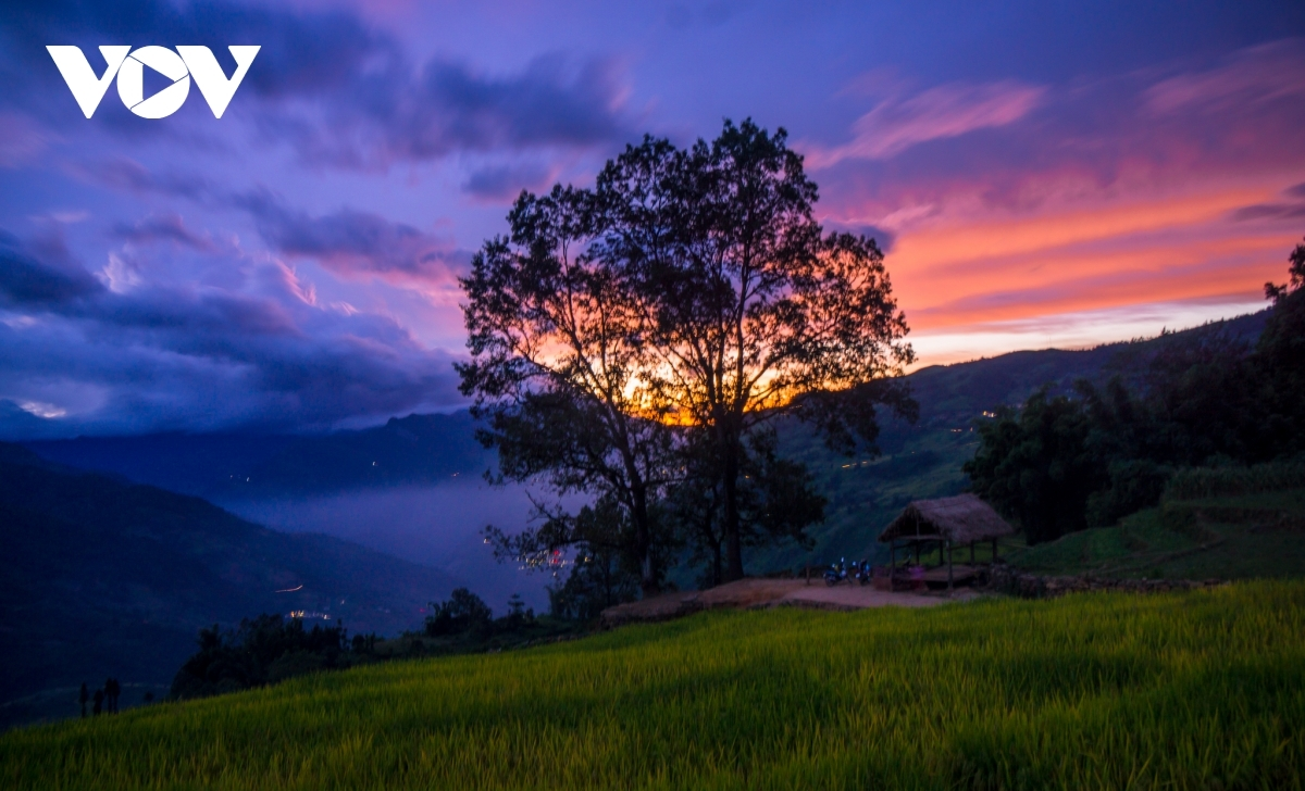 A look at the stunning sunset from Y Ty commune in Bat Xat district of Lao Cai province