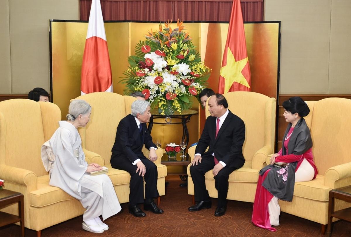Thủ tướng Nguyễn Xuân Phúc và Phu nhân hội kiến với Nhà vua và Hoàng hậu Nhật Bản trong chuyến thăm Việt Nam năm 2017. Ảnh: Báo Thế giới và Việt Nam