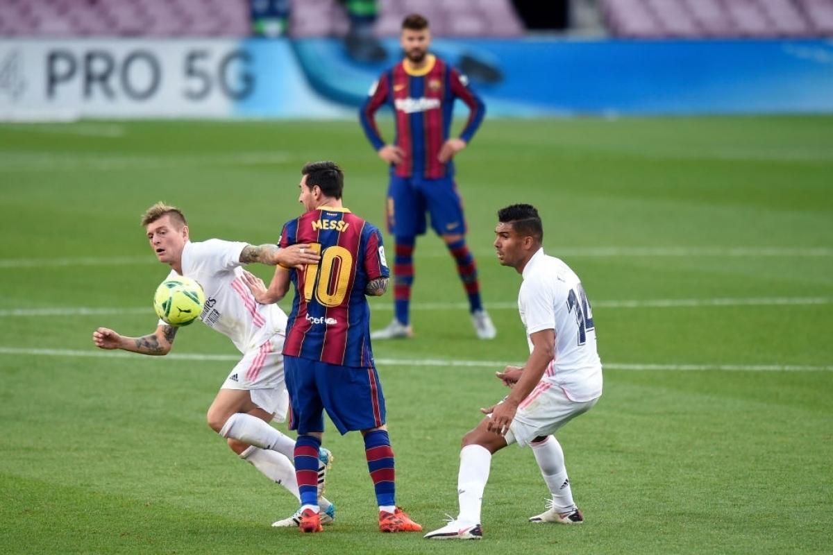 """Messi """"im tiếng"""" khi đối đầu với Real Madrid ở vòng 7 La Liga 2020/2021 (Ảnh: Getty)."""